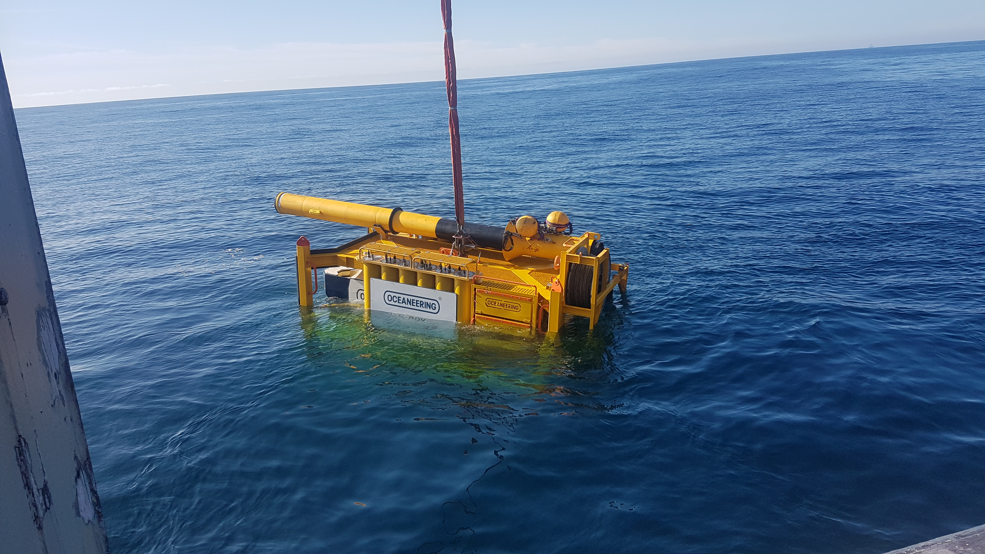 The Liberty E-ROV system is lowered into the water from a vessel of opportunity in the Norwegian North Sea. (Source: Oceaneering)