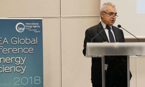 IEA's Climate Models Criticized As Too Fossil-Fuel Friendly