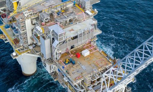 Equinor Awards $531 Million in Service Agreements to ABB, Siemens Energy