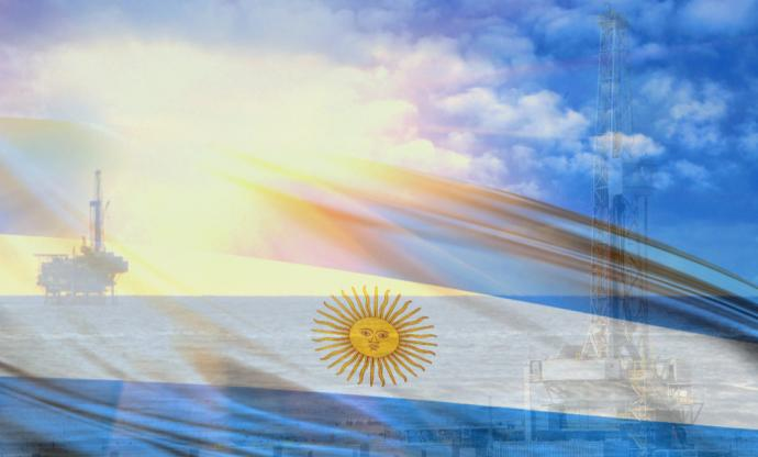 Analysts are optimistic about Argentina's offshore oil and gas sector, while concerns surround development of the Vaca Muerta Shale. (Source: Shutterstock.com)
