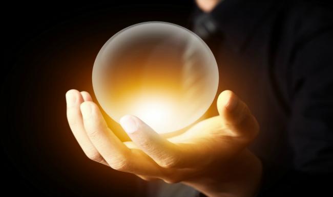Картинки по запросу магический шар в руке
