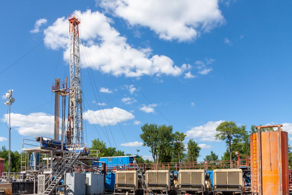 Drilling operations are shown in the Marcellus shale play in rural northern Pennsylvania. (Source: George Sheldon/Shutterstock.com)