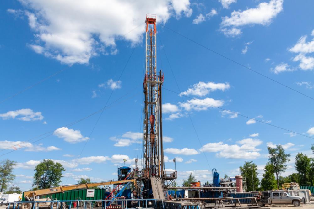 A gas drilling rig is shown in the Marcellus Shale region in Pennsylvania. (Source: George Sheldon/Shutterstock.com)